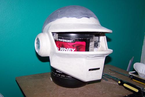 casque daft 12 Tutorial : Fabriquer un masque des Daft Punk (Thomas Bangalter)