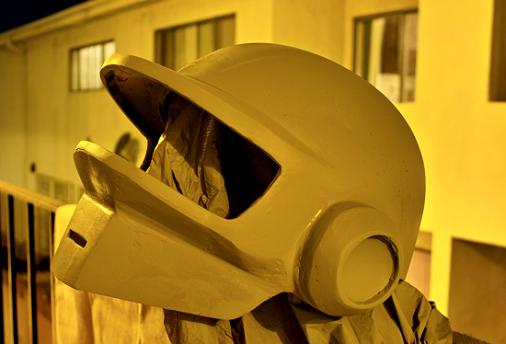 casque daft 13 Tutorial : Fabriquer un masque des Daft Punk (Thomas Bangalter)