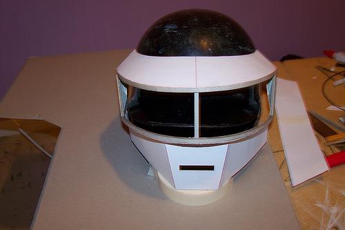 casquedaft5 Tutorial : Fabriquer un masque des Daft Punk (Thomas Bangalter)